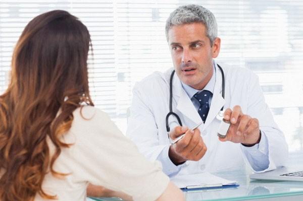 только врач может назначить лечение ВПЧ