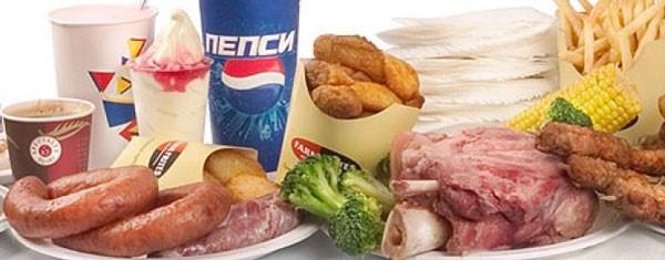 неправильное питание может спровоцировать появление сыпи